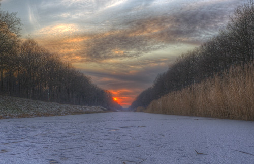 longexposure schnee winter sunset sky white snow clouds landscape sonnenuntergang himmel landschaft hdr nordhorn photomatix grafschaftbentheim stunningskies bestevercompetitiongroup bestevergoldenartists