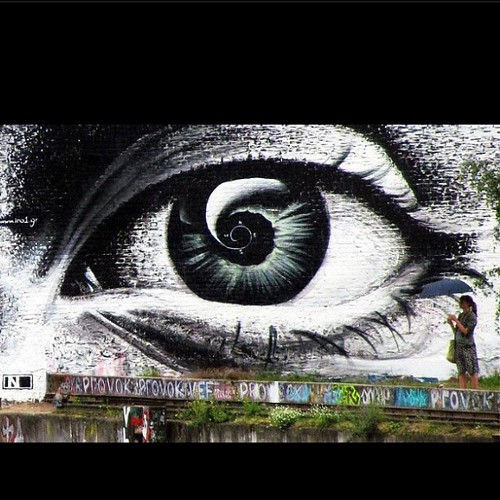 Since we found out that anything could happen. Now I've seen it through, now I've seen the truth. Anything could happen. I know its gonna be! #lyrics #song #makethingshappen #life #vision #eye #black #white #streetart #art #street #berlin #graffiti #gorge