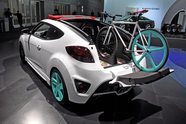 Veloster bike transporter concept