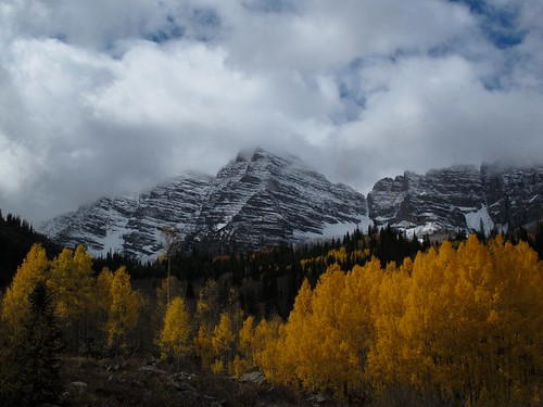 autumn wild sky mountains nature colors beauty clouds landscape outdoors colorado hiking fallcolors adventure emergence aspens rockymountains wilderness exploration discovery maroonbells mountainscape aspentrees stepintothelight whiterivernationalforest maroonbellssnowmasswilderness snowypeaks pitkincounty coloradoautumn zoniedude1 canonpowershotg11 earthnaturelife coloradoexpedition2012