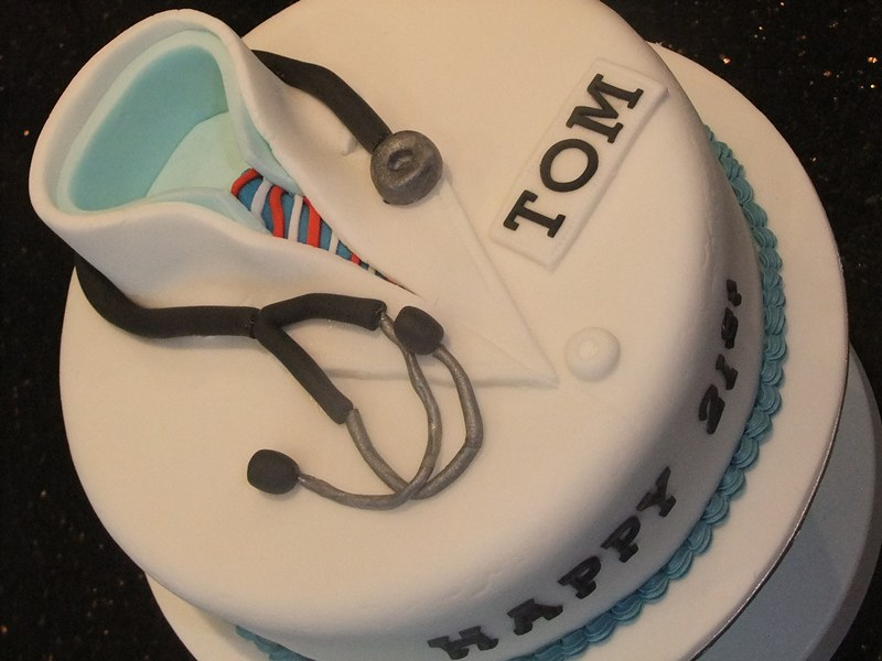 Enjoyable Doctors Birthday Cake Rachael Ince Flickr Birthday Cards Printable Trancafe Filternl
