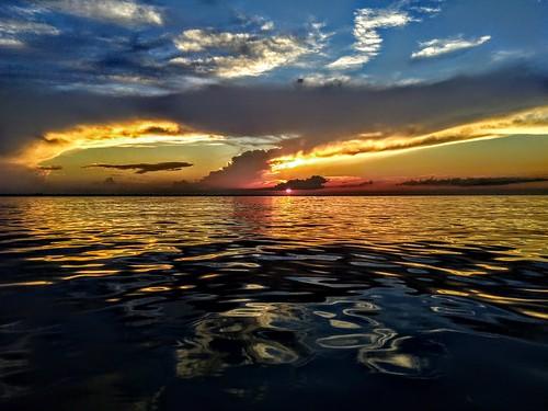 ontario sarnia sunset cloudy canada lakehuron