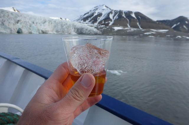 Whiskey on the rocks, Svalbard style