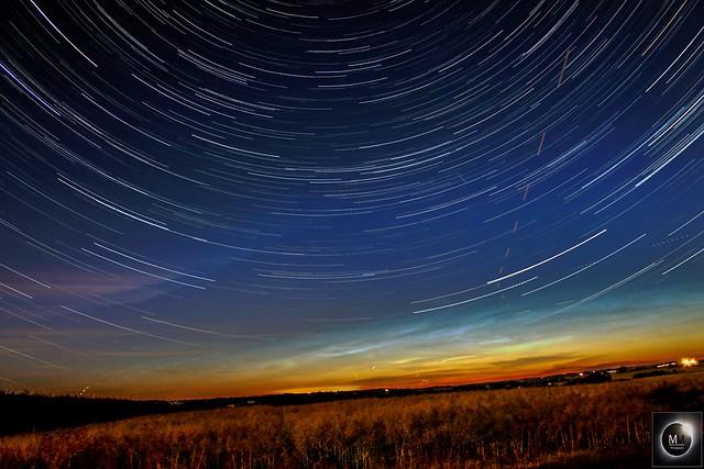 Noctilucent Clouds + 1hr 10min Star Trails 27/06/18