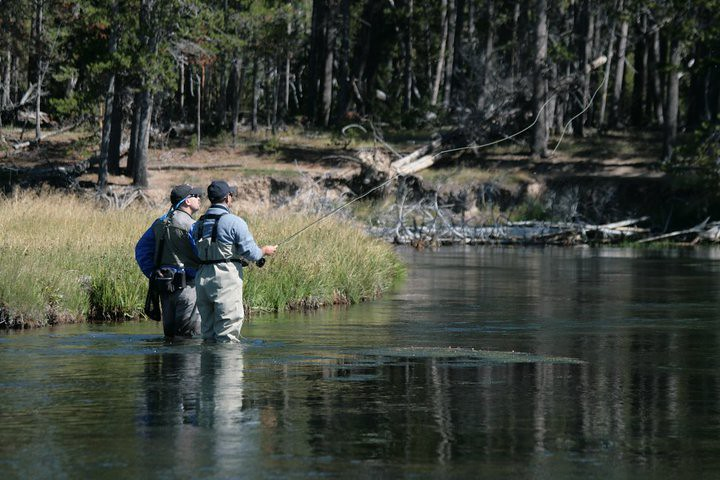 Montana Fly Fishing Lodge - Bozeman - Antlers & Anglers