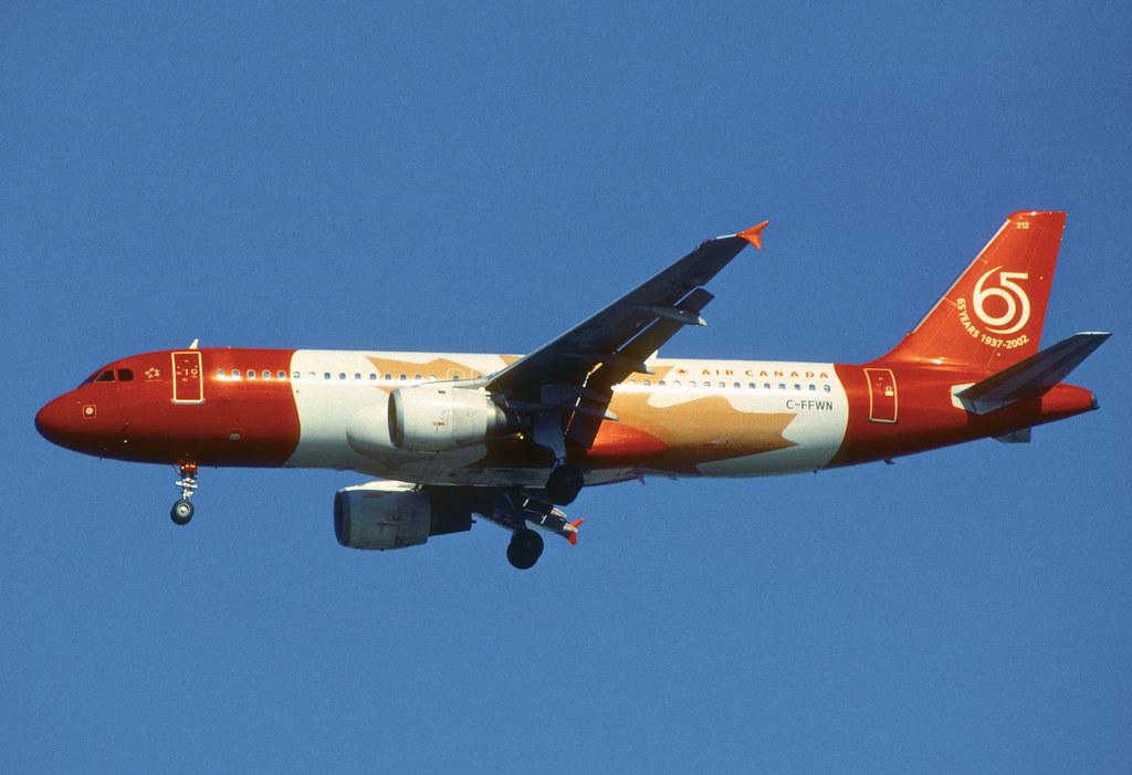 431dm - Air Canada Airbus A320-211; C-FFWN@YVR;07.10.2006