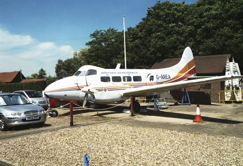 de Havilland DH.104 Dove 8 - G-AREA