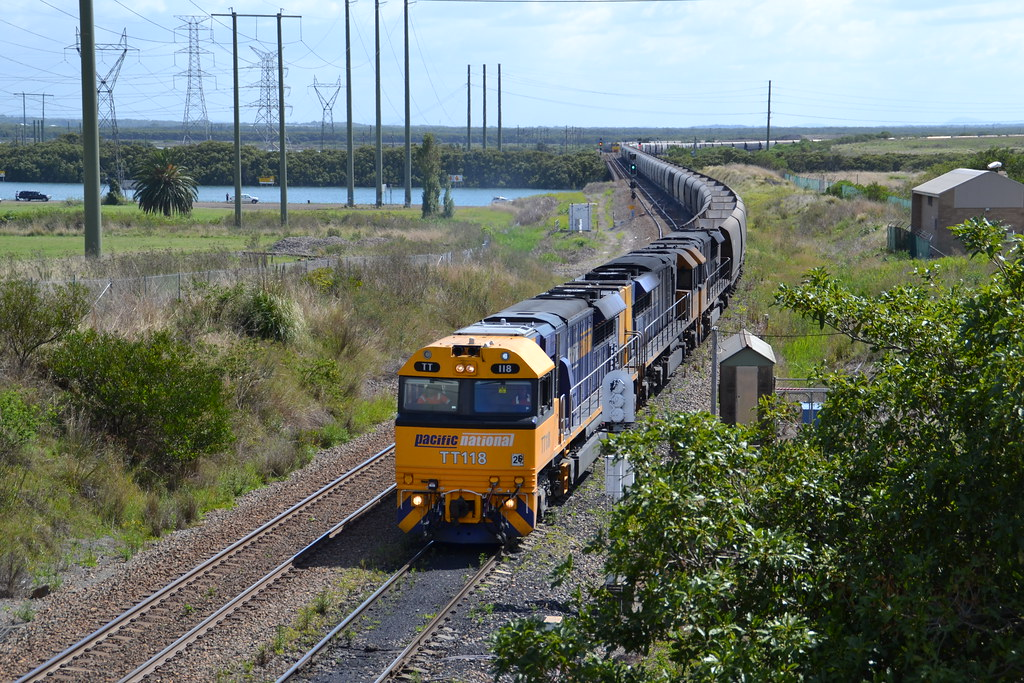 TT118-TT105-TT106 empty PN coalie leaving Kooragang by LOCOPOWER