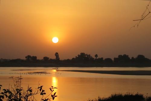africa river chad chari coucherdesoleil cameroun fleuve afrique sahel tchad centralafrica ndjamena afriquecentrale fortlamy djamena