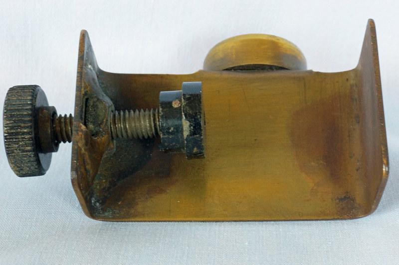 DSC01875 Clamp On Brass Level Piece