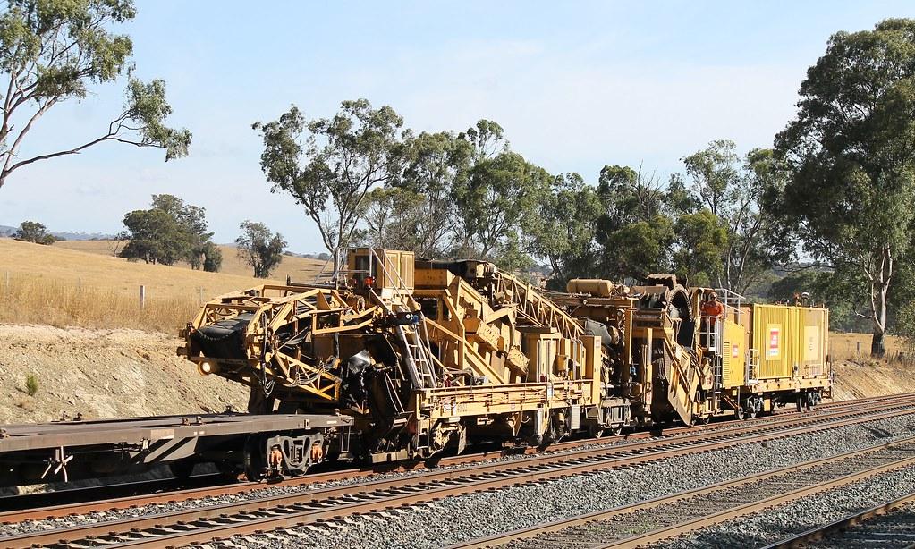 John Holland Rail Machine at Dockereys Road by S312 Photography