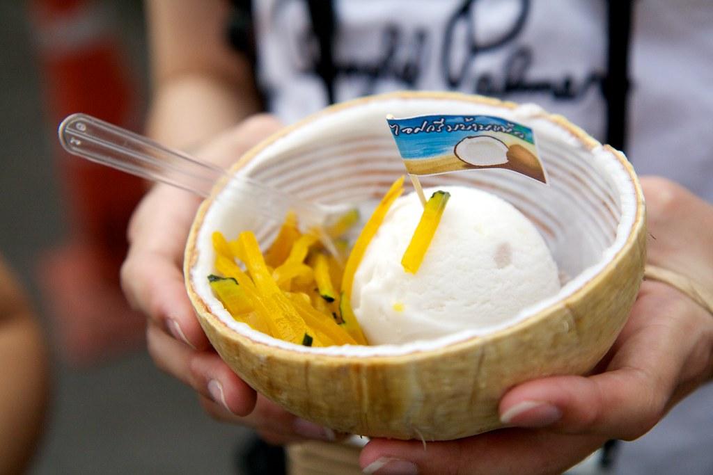 Coconut Ice Cream | Chatuchak Weekend Market | Nan-Cheng Tsai | Flickr