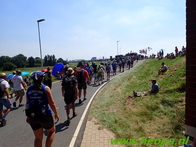 2016-07-19   1e dag Nijmegen    40 Km (112)