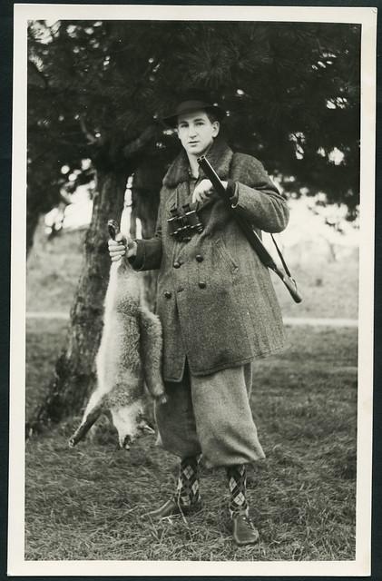 Archiv H047 Jägersmann auf Fuchsjagd, 1950er