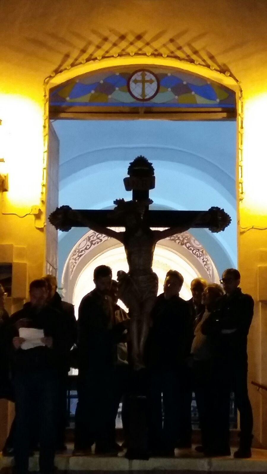 (2016-03-18) - VII Vía Crucis nocturno - Mari Carmen Barceló Pérez (01)