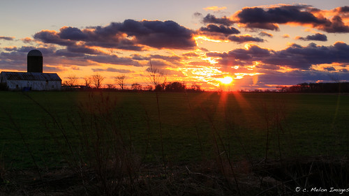 xmas sunset sky sun tree field grass clouds barn canon landscape december farm silo pastels flare rays 2012 sunscape markiii 5dmarkiii