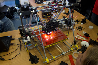 3D printer   by quinet