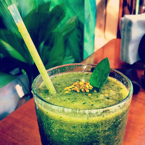 Un bomba Smoothie | by @N3T1O