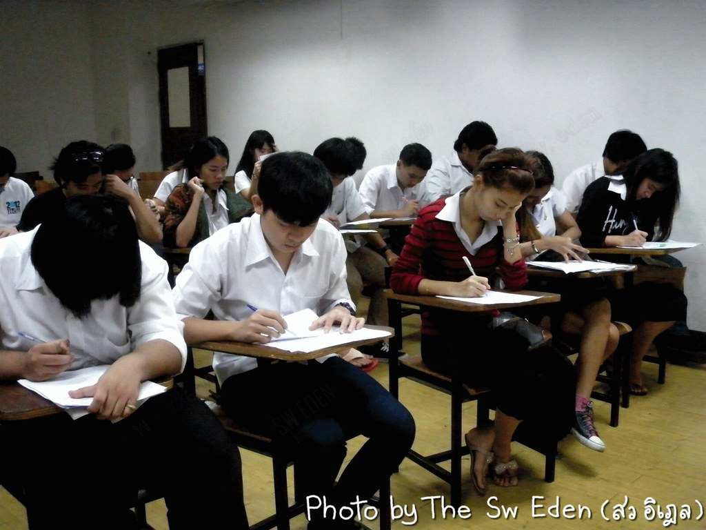 Thailand Education Teachers Students School University Classroom Studying Learning Activities Examination