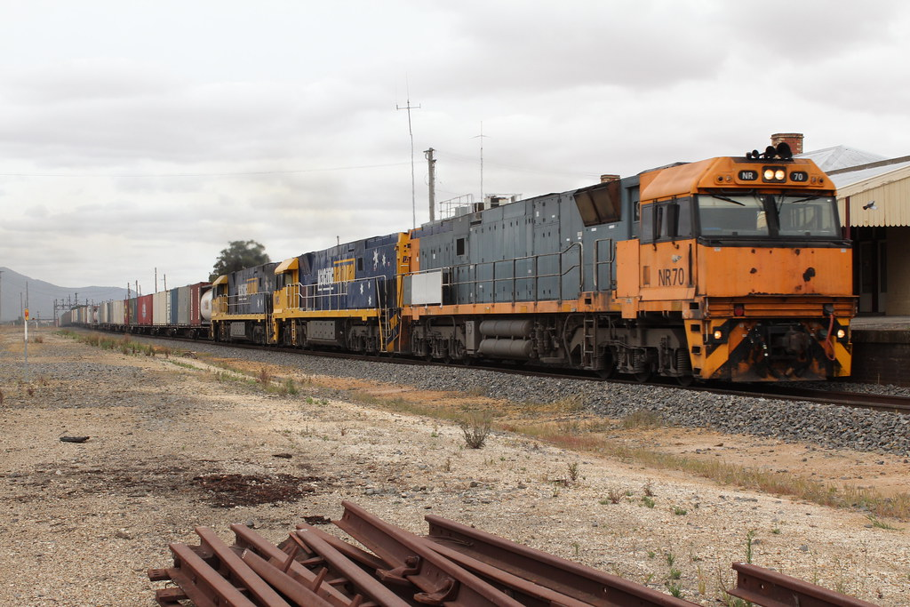 NR70, 5 and 34 roll 6BA6 through Ararat and on to Adelaide by Greensleeves.94