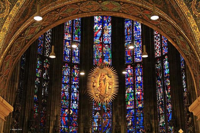 Aachener Dom - Madonna - gotische Chorhalle