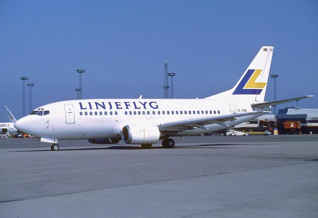 Linjeflyg Boeing 737-500; SE-DNA, August 1991