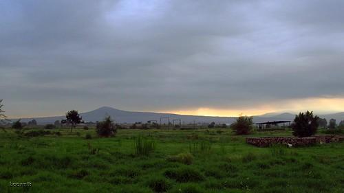 mountain field méxico clouds sunrise landscape mexico paisaje amanecer nubes campo montaña santalucía cerrogordo estadodeméxico booxmiis