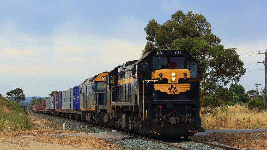 X31 T364 and G515 cross over the yet to be complete new Haywood st crossing by bukk05