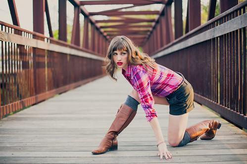 bridge sunset model durham boots shorts lipstick bangs plaid enoriver westpointontheeno vintagecolor