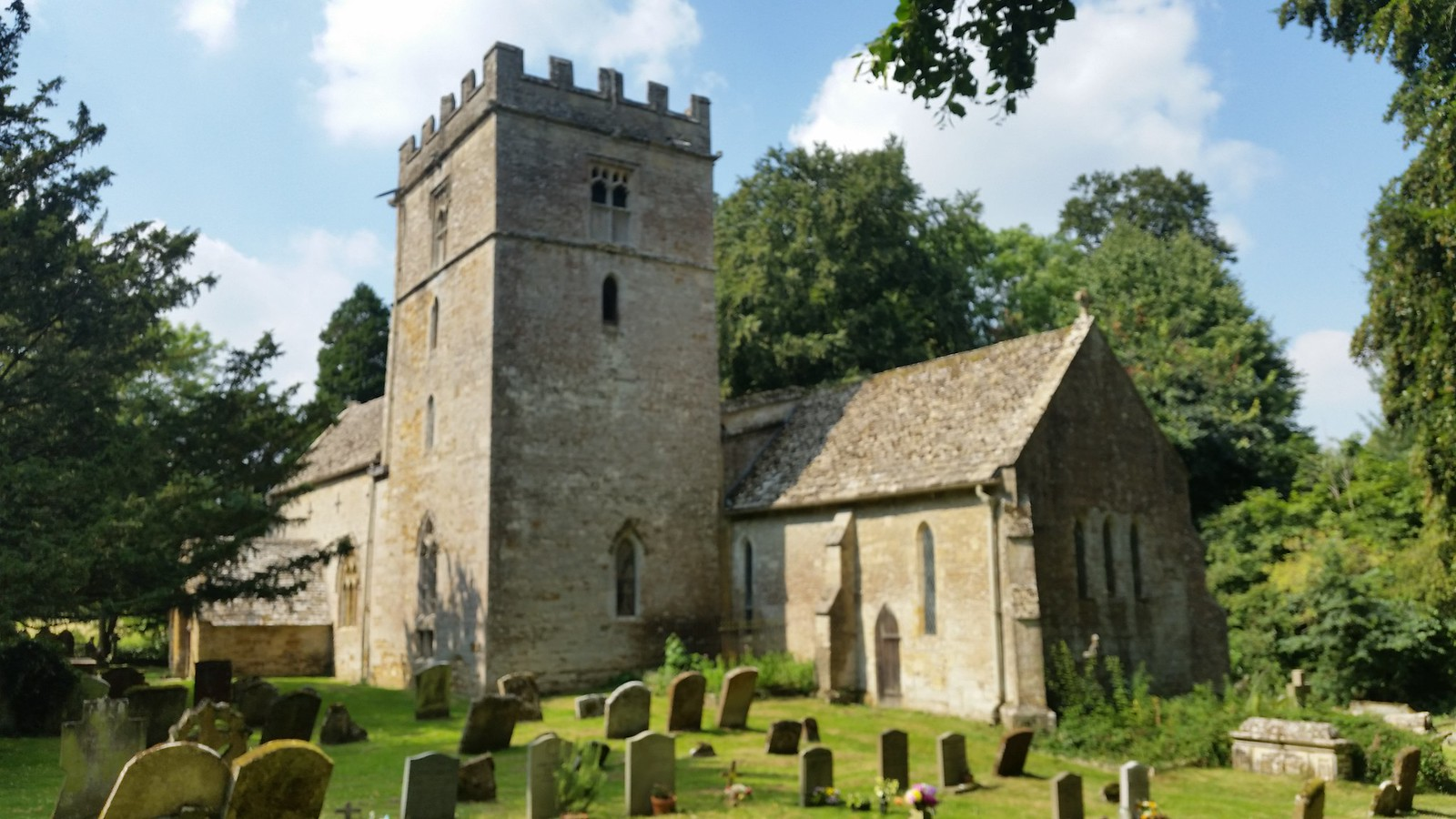 St Nicholas Church, Lowewr Oddington