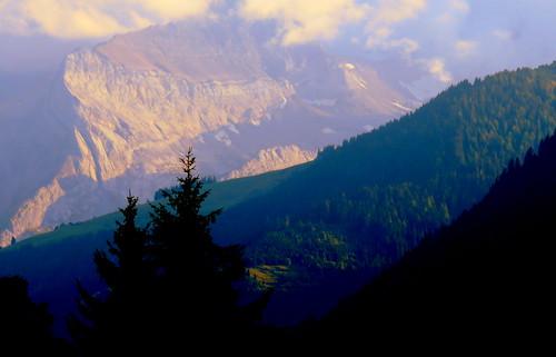 switzerland suisse schweiz gstaad alps alpen alpes montagne berge mountains lesdiablerets sunset sundown sonnenuntergang couchedesoleil