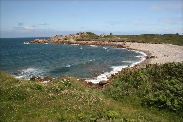 The coast north of L'Ancresse Bay