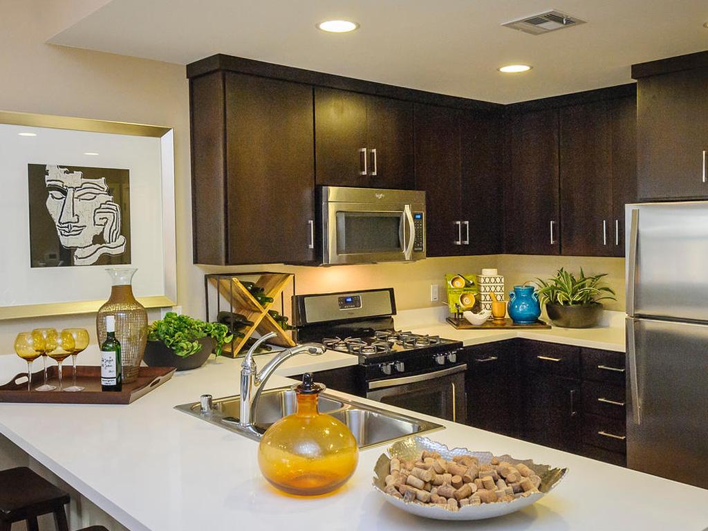Farallon • Plan F: Kitchen