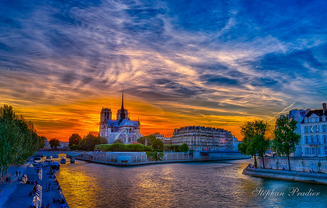 _Notre dame de Paris HDR.jpg