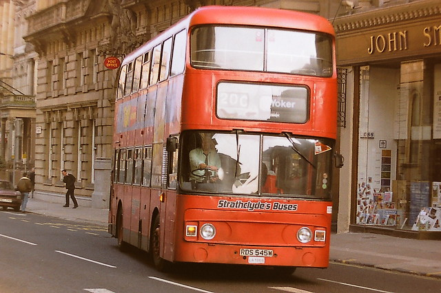 STRATHCLYDE'S BUSES LA1366 RDS545W