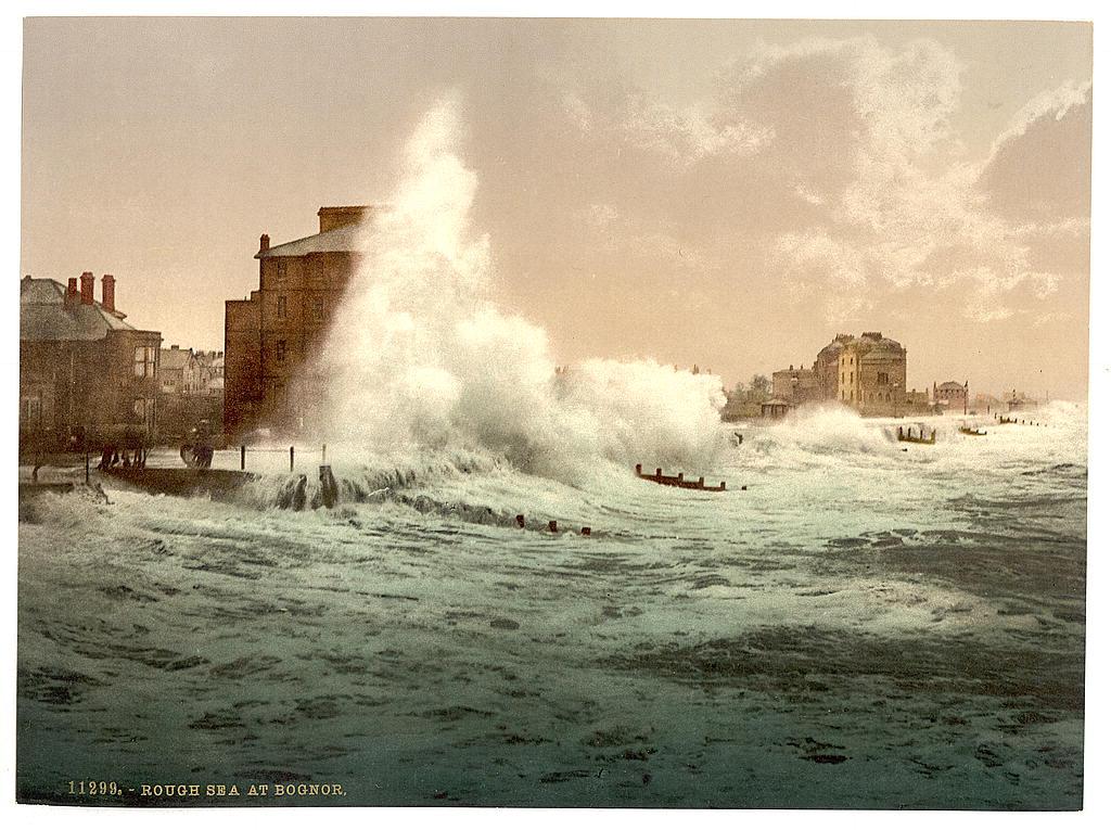 [Rough sea, Bognor, England]  (LOC)
