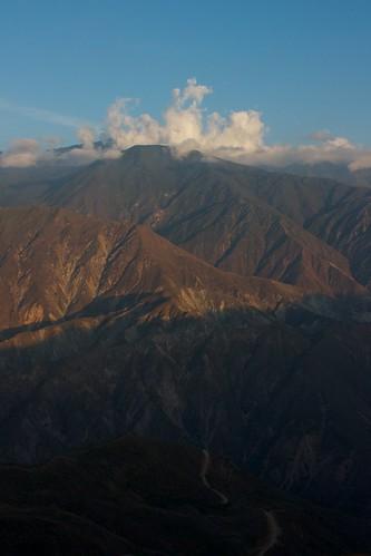 montañas mountain nubes clouds chicamocha sunset atardecer cañóndelchicamochacanyon santander colombia