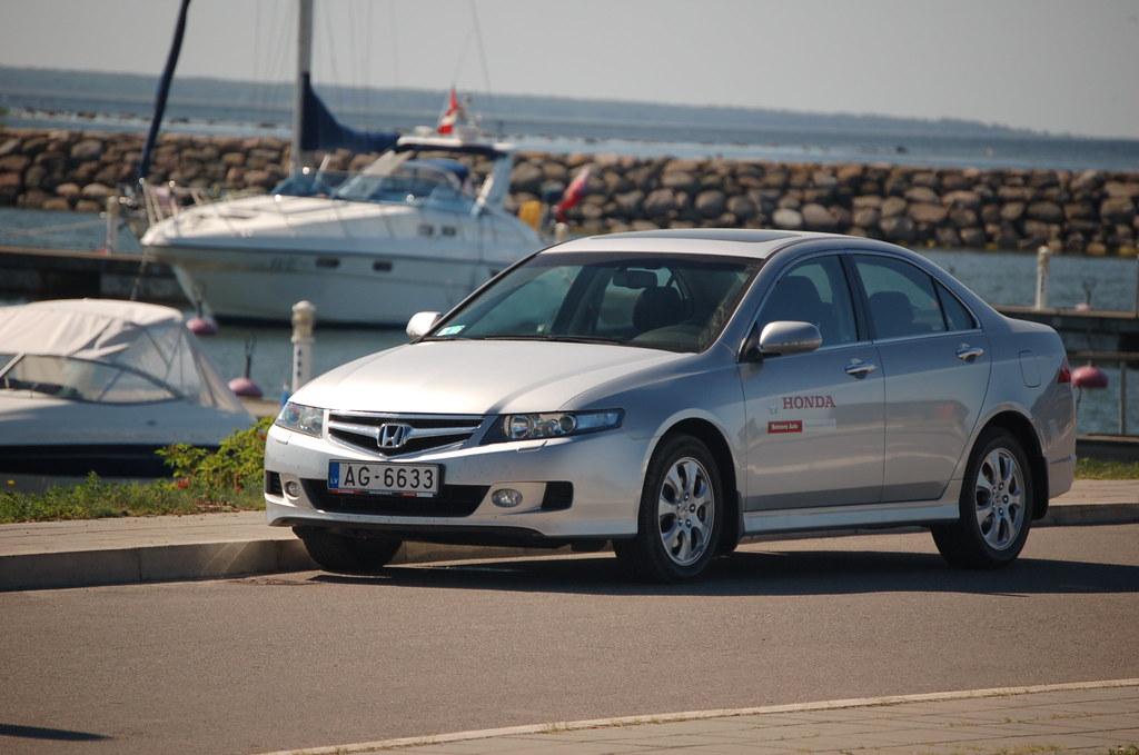 Honda Accord sedan 4D 2006  041