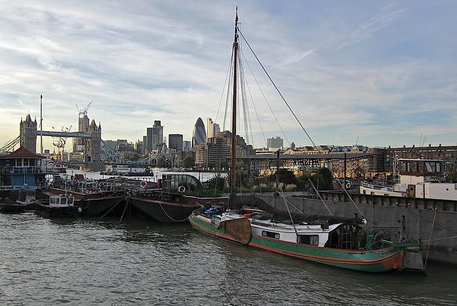 Reeds Wharf, Tower Bridge and the City