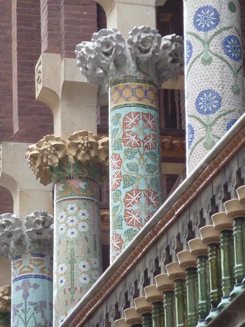 Palau de la Musica Catalana, External Mosaic Columns