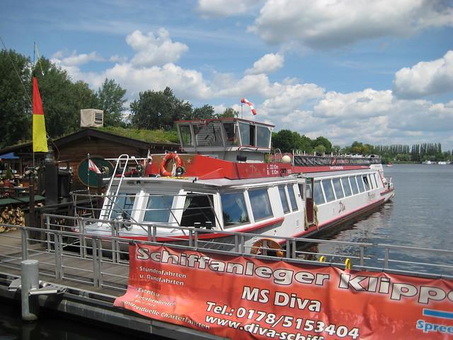 1992 FMS Diva (ex MS Alexander Gentz/ex MS Eosander) Reederei Mickey-Tours Spreeufer Bulgarische Straße 1 in 12435 Treptow