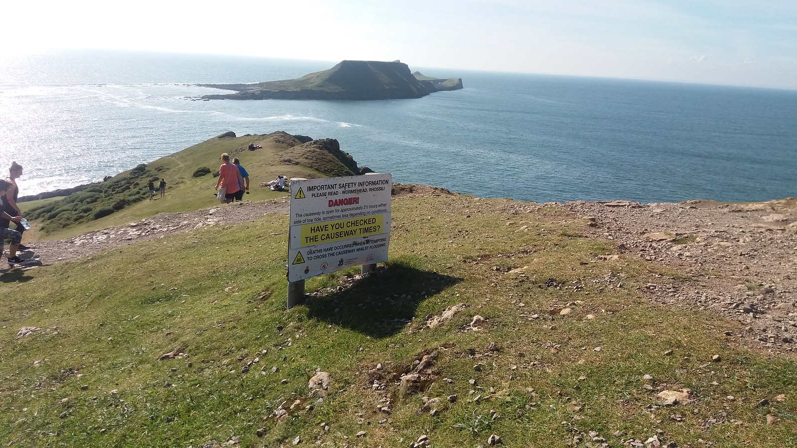 20160829_161233 Worms Head warning