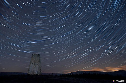 longexposure stars long exposure earth lancashire rotation stackedimages startrails beaconfell trigpoint nikond90 garethbrooks