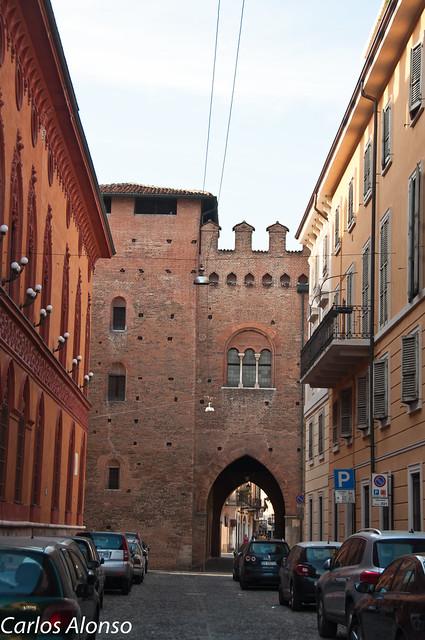 Cremona (Ver en grande L+F11)