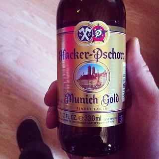 Hacker-Pschorr Munich Gold #2d1f #beer | by drewdomkus