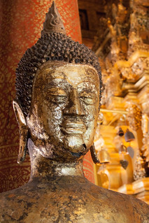2012-11-23 Thailand Day 05, Wat Phra That Si Chom Thong Worawihan | by Qsimple, Memories For The Future Photography
