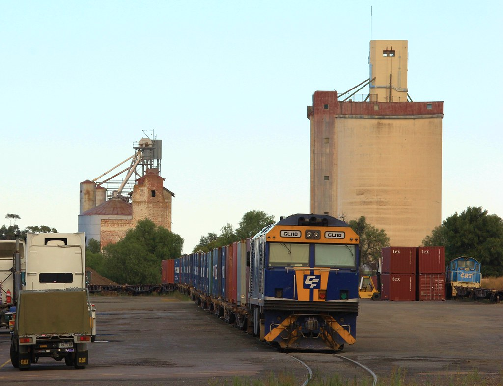 GL110 on QUBE's 7920V Horsham freight stabled in the yard by bukk05