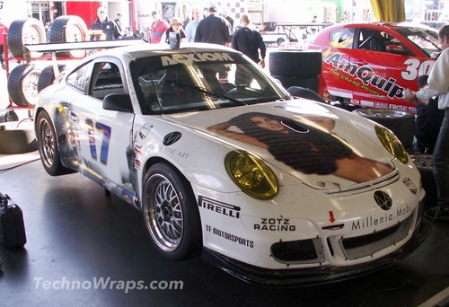 Porsche racing wrap graphics by TechnoSigns