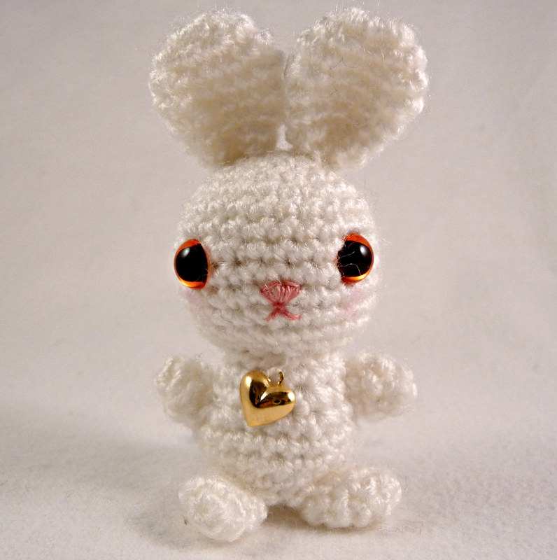 Amigurumi voodoo bunny pattern. Crochet pattern. Languages ...   800x796