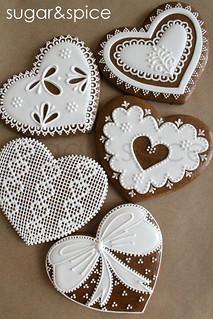 Valentine's Day cross-stitch and lace gingerbread | by sweethelengrace